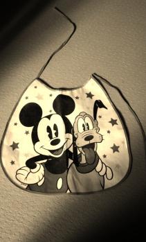 Bavoir Mickey à lacets de Zara Home